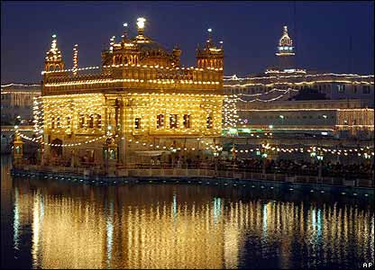 golden temple amritsar images. The Golden Temple in Amritsar,
