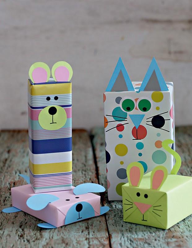 Bicharada feita com recortes simples de papel colorset. Ideia do Professor Sassá  (Foto: Elisa Correa/Editora Globo)