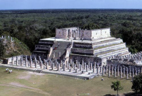 can8602_07, Temple of the Warriors, Chichen Itza, Maya Ruins, Yucatan Peninsula, Mexico