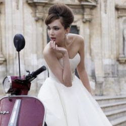 Hair inspired by Bardot ~ a tutorial on achieving the perfect bouffant/beehive 60s look for brides and/or bridesmaids.