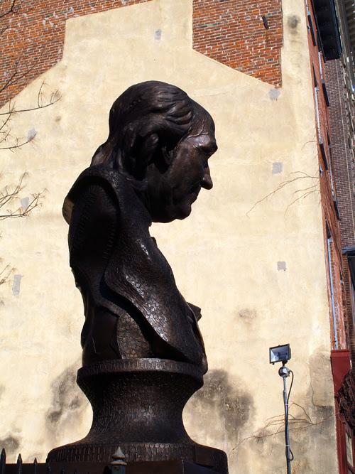 large bust of Benjamin Franklin, Philadelphia, Pennsylvania
