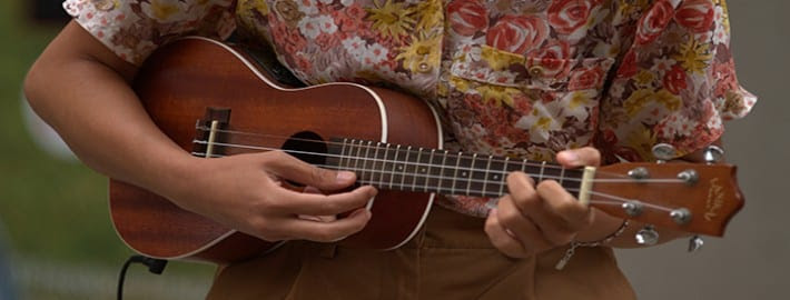 10 Easy Ukulele Songs You Can Play With 4 Basic Chords