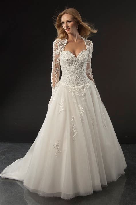 bestforbride: There are so many wedding dress    The