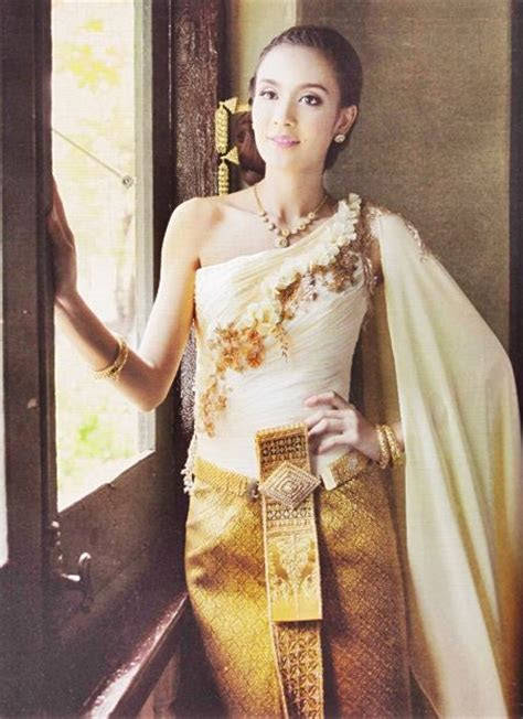10 Best images about Thai Wedding Dress on Pinterest