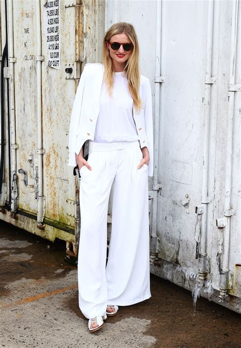 Wedding guest outfit inspiration from street style