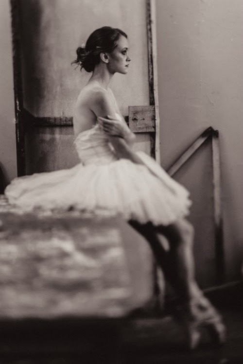 lordbyron44:  Ballerina - Photo by Daryan Volkova
