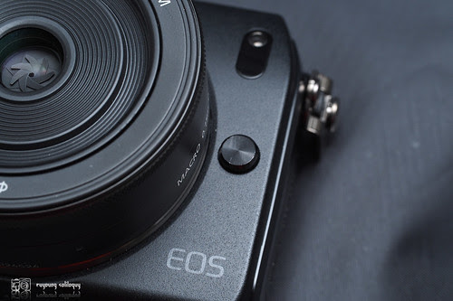Canon_EOS_M_intro_03