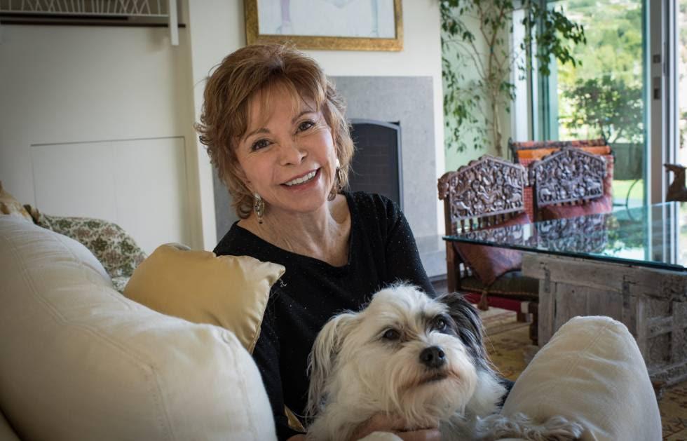 La escritora Isabel Allende.