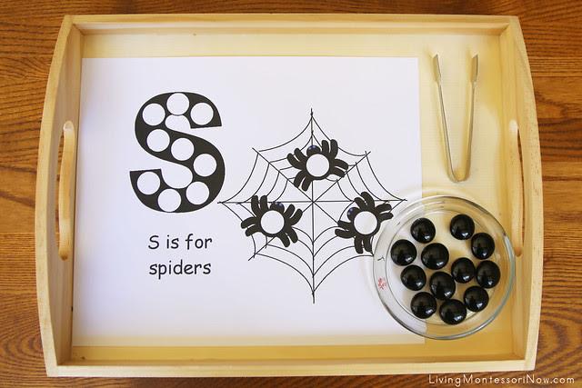 S is for Spider Beginning Sound Activity