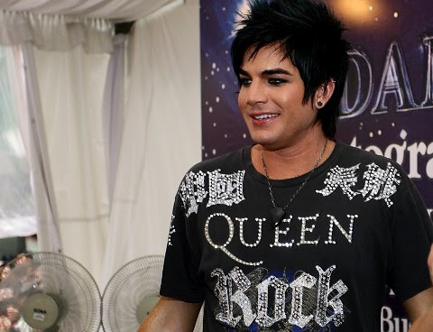 ADAM LAMBERT AUTOGRAPH SESSION__6
