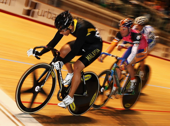 Josiah Ng Josiah Ng of Malaysia wins the 72nd Melbourne Cup on Wheels during the Revolution Australia Season 2 Revolution 4 event at the Hisense Arena on December 17, 2008 in Melbourne, Australia.  (Photo by Mark Dadswell/Getty Images) *** Local Caption *** Josiah Ng