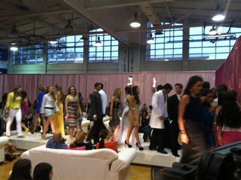 Best NJ Fashion Show DJ Services   New Jersey Shows Disc