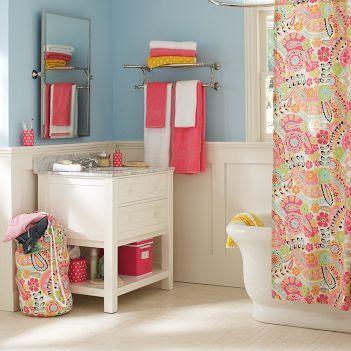 Teen Bathroom Decor | Best Home Ideas on teenage girls bedding, teenage bedroom themes for girls, teenage boy bedroom, teenage girls closets, living room decorating ideas, teenage rooms,
