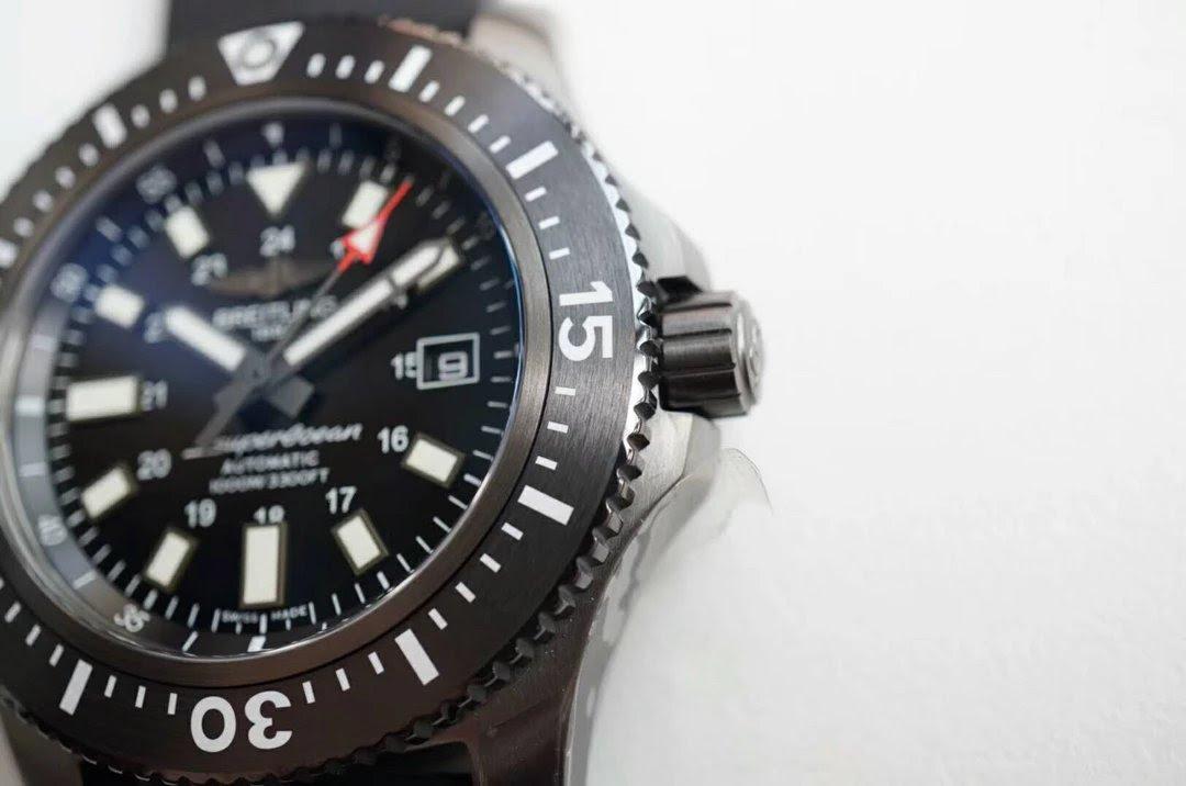 Replica Breitling Superocean BlackSteel Case