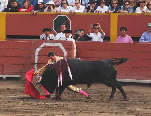 Doblón de Enrique Ponce en Lima