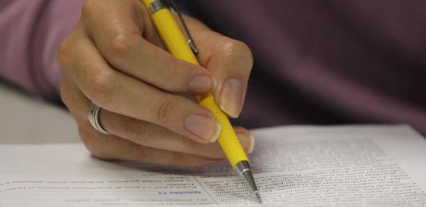 O Enem (Exame Nacional do Ensino Médio) tem enfrentado diversos problemas desde que ganhou a função de selecionar para vagas em universidades e institutos federais em 2009