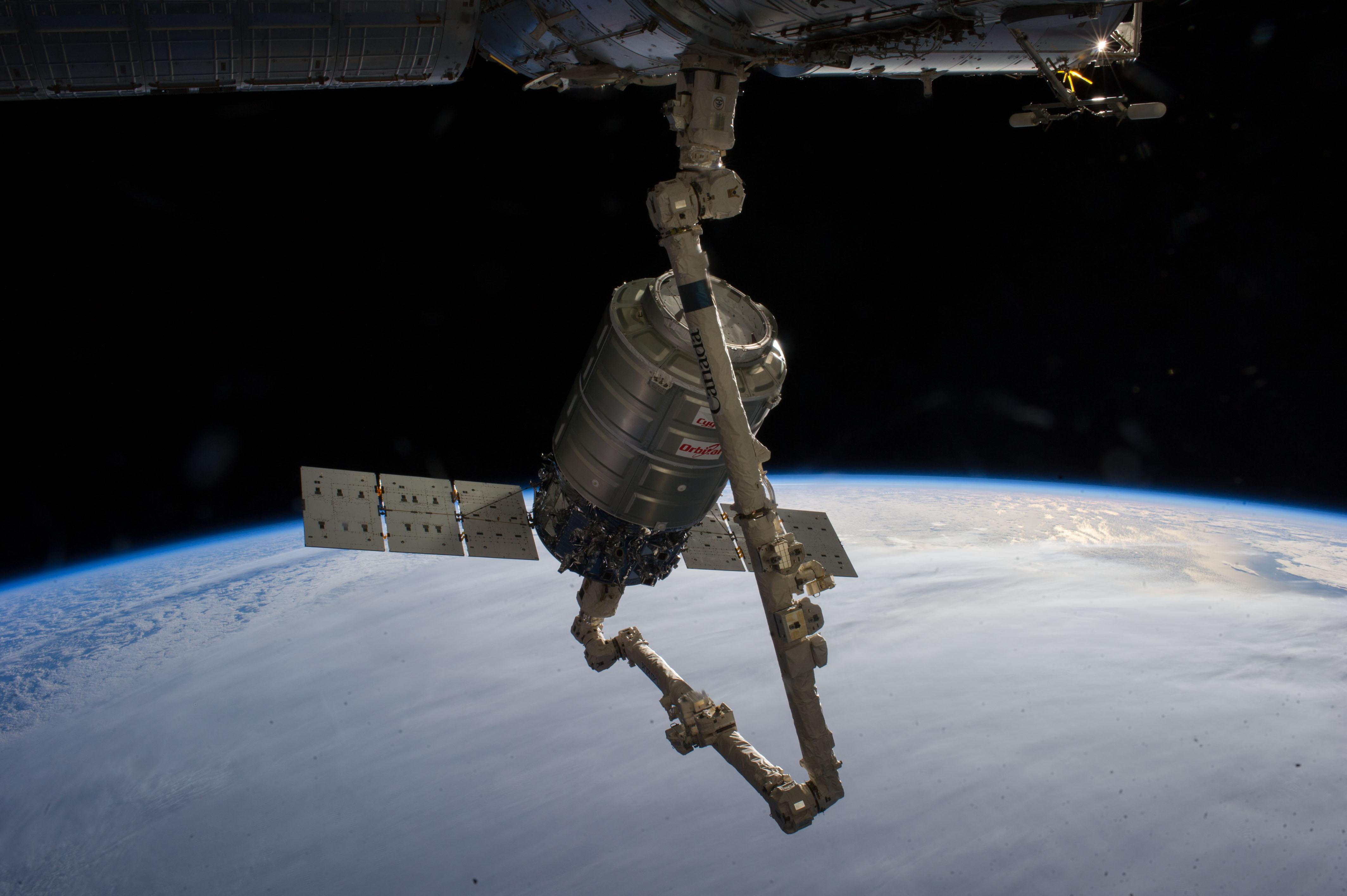 http://phys.org/news/2014-01-nanosatisfi-southern-stars-planet-labs.html