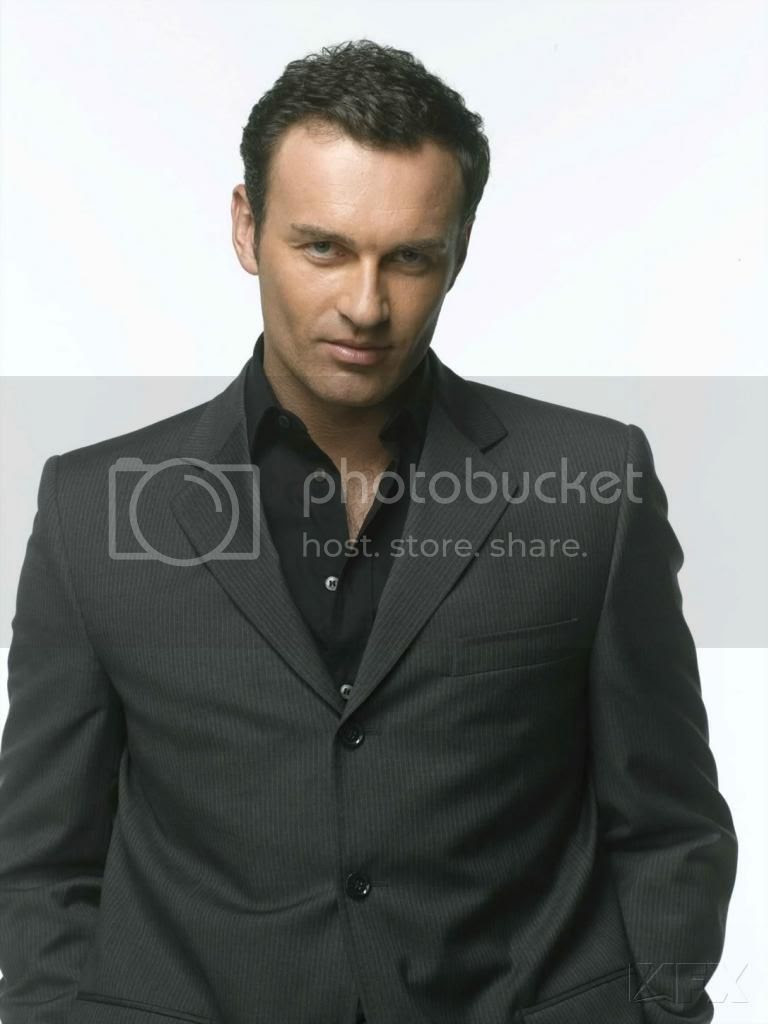 photo Molloch-JulianMcMahon_zps1a0c04eb.jpg