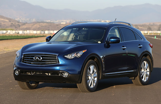 2015 Infiniti QX70 - front three-quarter view, blue