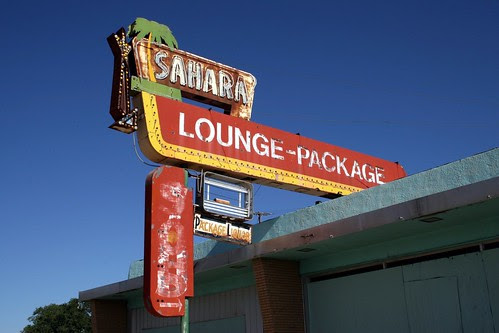 sahara lounge neon sign