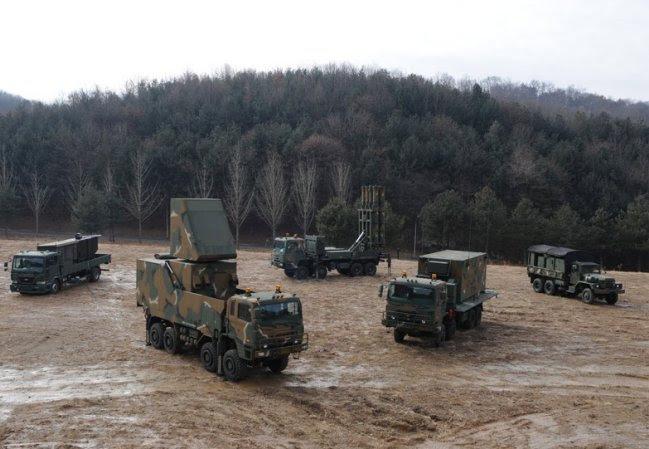 Corea del Sur a punto de empezar deployement del sistema de misiles de defensa aérea nueva Cheongung M SAM 640 001