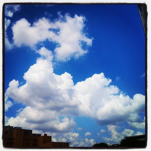 #white #fluffy #clouds #blue #sky #skyviewers #tulsa #oklahoma