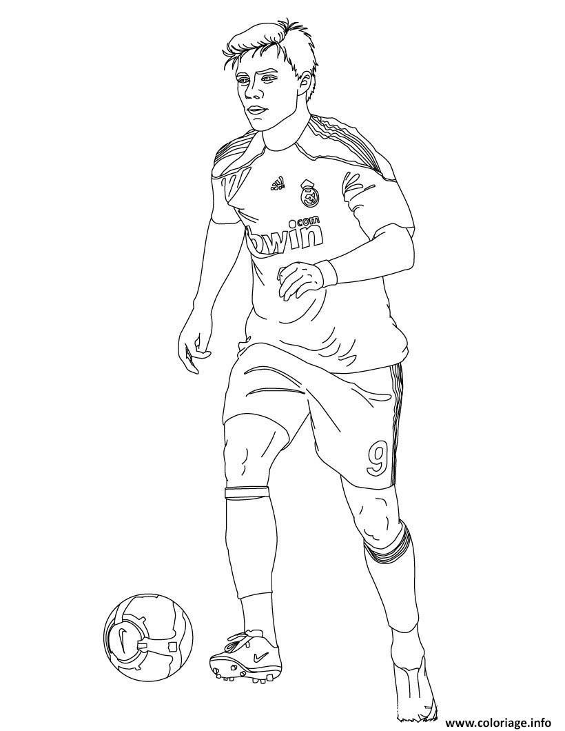 Coloriage Football Xabi Joueur De Foot Real Madrid Dessin  Imprimer