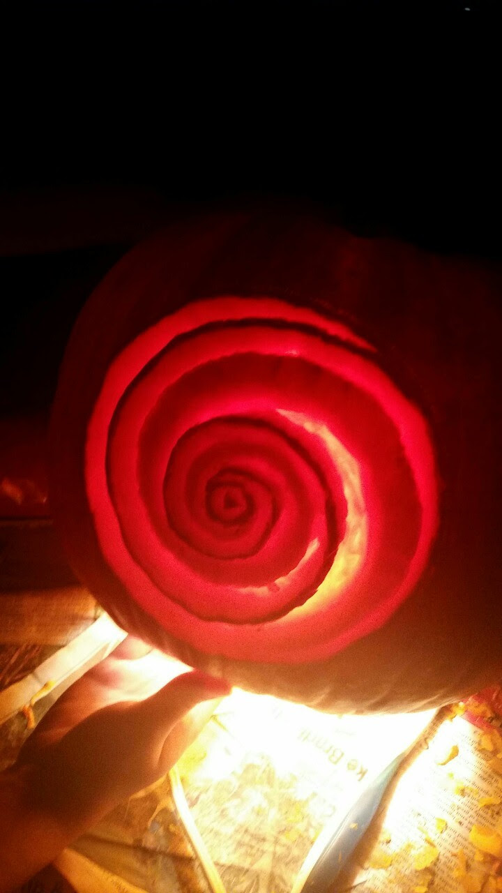 My attempt at doing Roses shield on a pumpkin. Never really done a pumpkin like this before