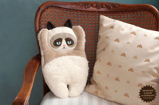 Grumpy Cat Pillow