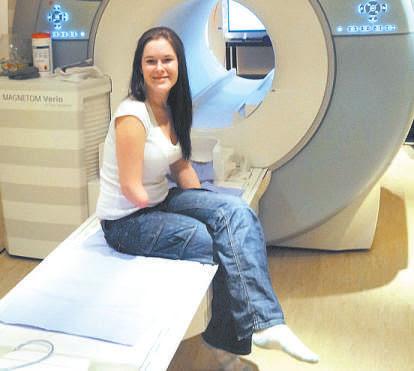 Kirsty Mason, integrante do estudo: queimação no braço amputado só passa quando ela o 'coloca' no freezer (UNIVERSIDADE DE OXFORD/DIVULGAÇÃO)
