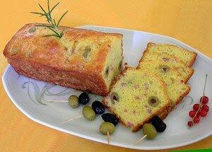 Cake_Olives_Lardons_plat