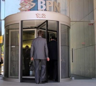Mais 600 milhões do Orçamento de Estado para o BPN - Foto de Paulete Matos