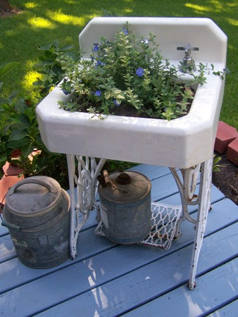 Cherry Hill Cottage...: old cast iron sink...