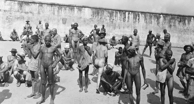 Campo de concentração: uma das 300 cenas do holocausto brasileiro, registradas pela primeira vez pelo fotógrafo Luiz Alfredo, para salvar a história do esquecimento (Foto: Luiz Alfredo/FUNDAC)