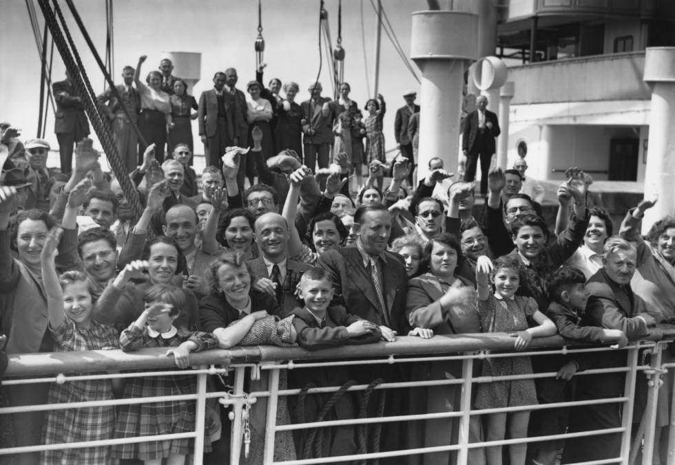 The St. Louis, with more than 700 Jews aboard, was denied entry in US and returned to Europe in 1939.