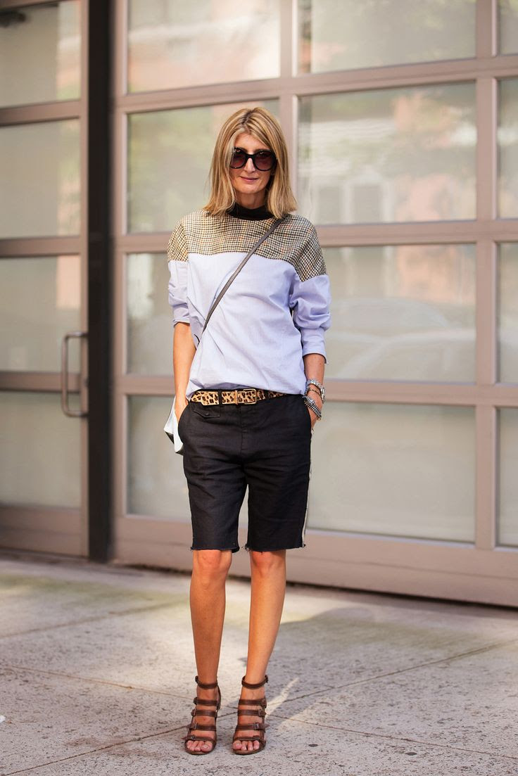 You might have thought that your summer cut-offs were for lazy days, only. However, a structured sweatshirt, strappy heels, and a patterned belt can get you looking as chic as Sarah Rutson.