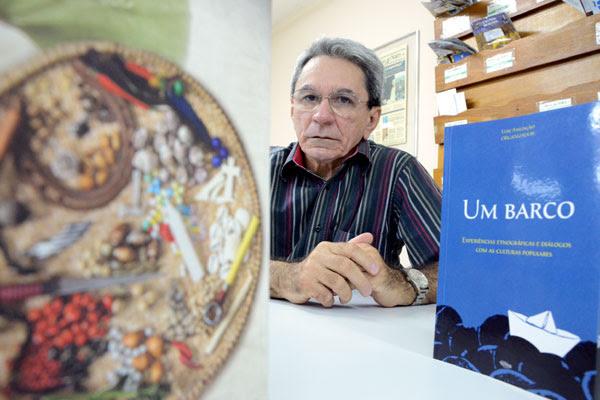 Para o professor de antropologia Luiz Assunção, as obras trazem discussões que objetivam desconstruir o preconceito que existe