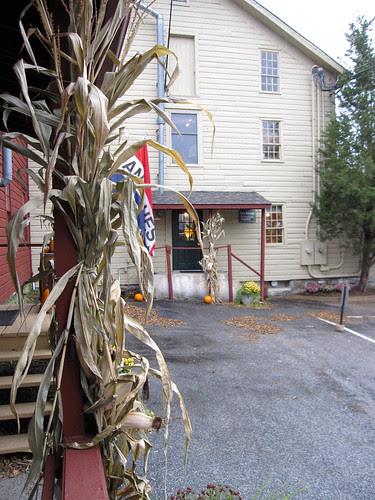 Tinsel Wonderland: Mill Antiques! 3