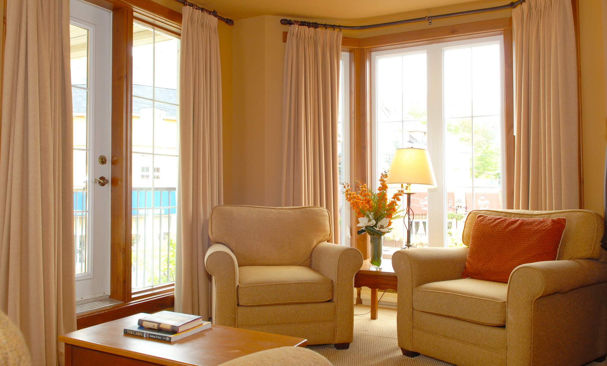 Tips for Choosing Living Room Curtain | Roy Home Design