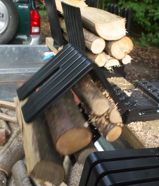 DSC_7222 Truncator logging saw bench