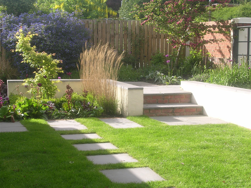 Garden Layout Designs Small Large Courtyard Gardens