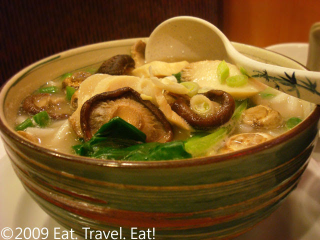 Japanese Mushroom and Macaroni in Fish Broth