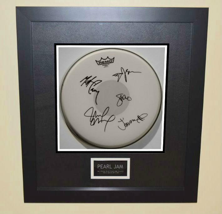 Pearl Jam Eddie Vedder Stones Gossard Mike Mccready Matt Cameron