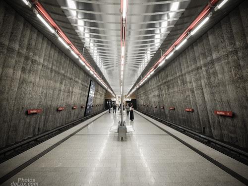 Spaceport Munich - Fuji X10 sample