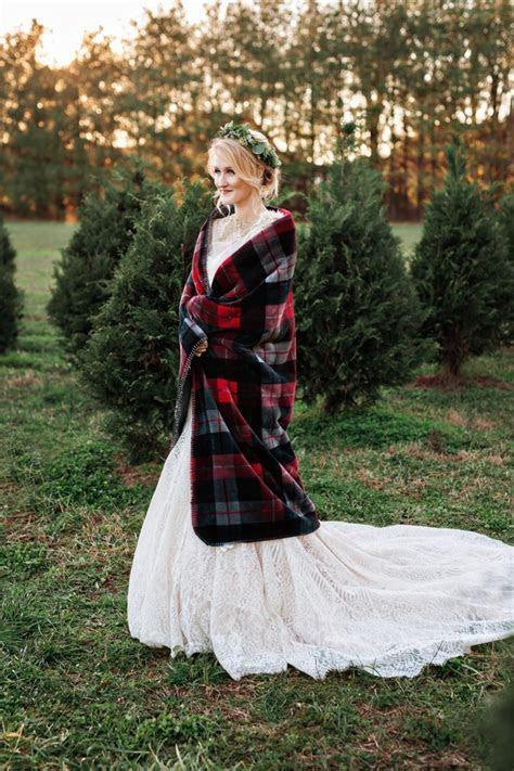 Christmas Tree Farm Elopement   Nashville Wedding Photographer