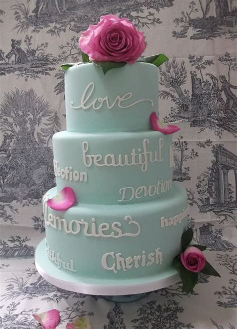 Best 25  Cake writing ideas on Pinterest   Piping