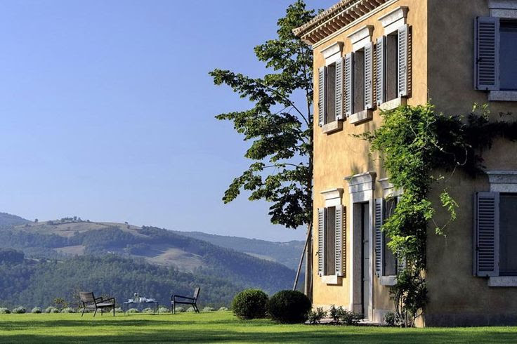 Castello di Reschio, Luxury Italian Villa for Rental, Umbria, Italy. | MyHouseIdea