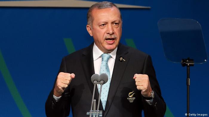 Επίσκεψη Ταγίπ Ερντογάν με ανοιχτά μέτωπα στο εσωτερικό