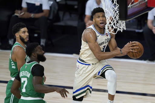 Avatar of Controversial calls surround Giannis Antetokounmpo in Bucks' bubble-opening win