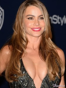 sofia-vergara-breasts-08-435x580